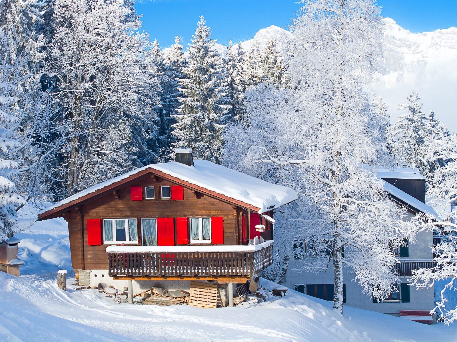 Chalet, sneeuw, wintersport